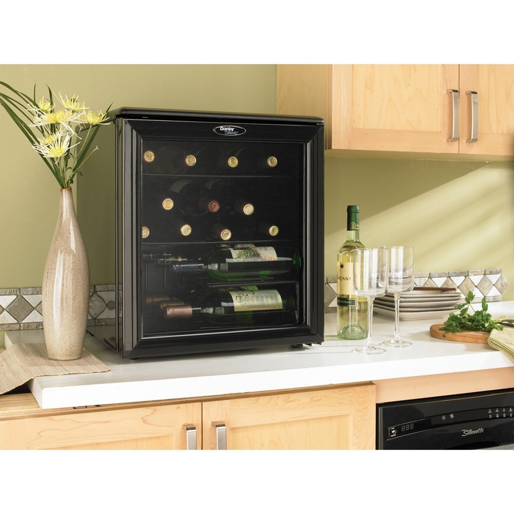 Danby DWC172BL 17-Bottle Counter-Top Wine Cooler1